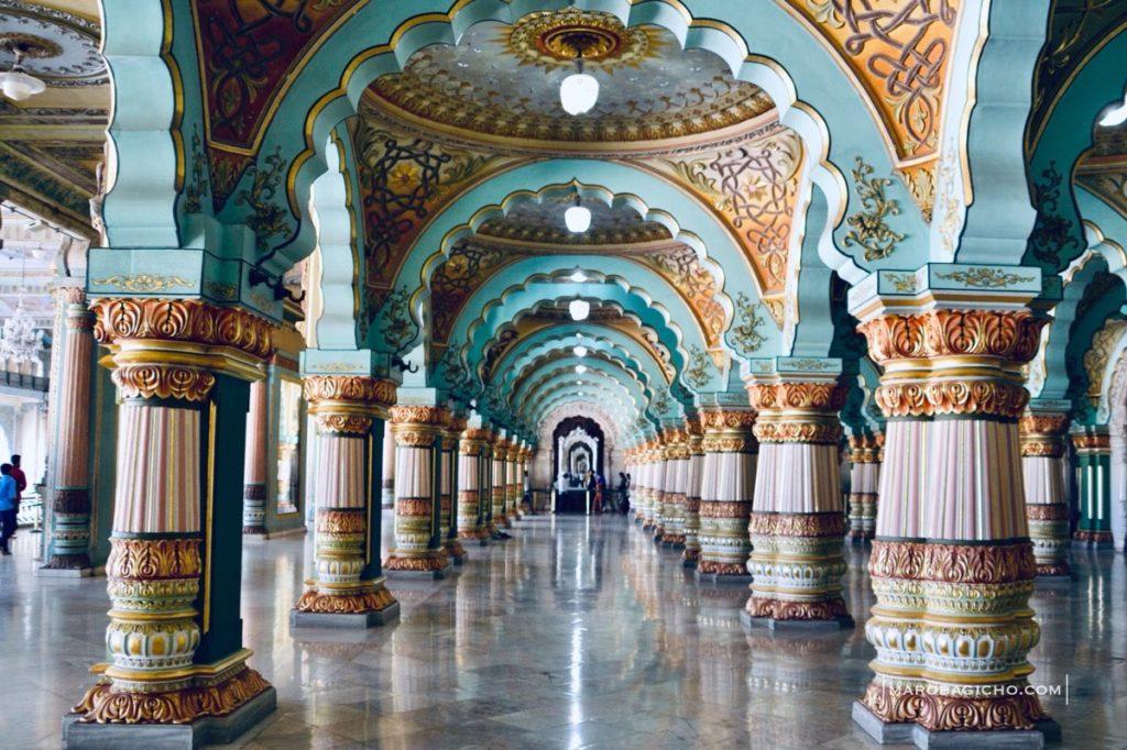 કરણાટક રાજયના મસૂરી શહેરમાં આવેલો ઐતિહાસિક મહેલ. A historical palace of maisuru maysore city of karnataka state